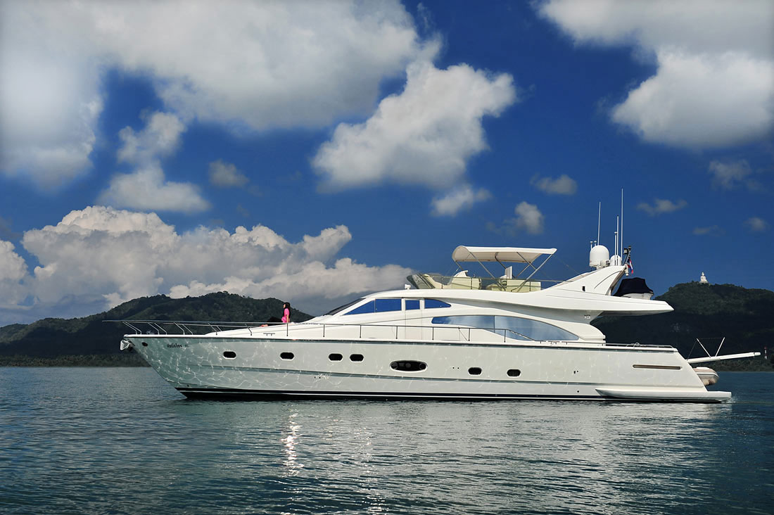 double-issue-phuket-yacht3